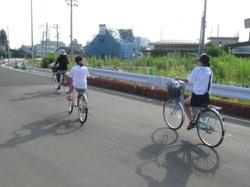 自転車で太子堂駅へ