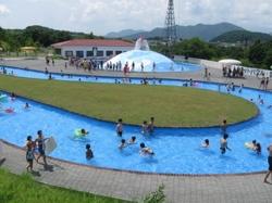 仙台ハイランドの屋外プール